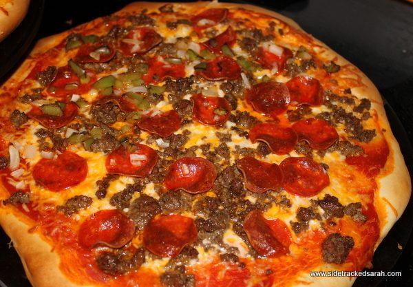 How to Make Homemade Pizza Hut Pan Pizza pics