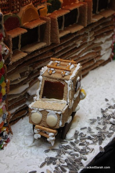 Amazing Christmas Decorations Amp Gingerbread Houses