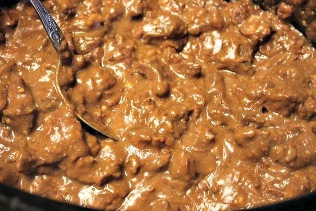 Slow Cooker Beef Tips & Gravy - SidetrackedSarah.com