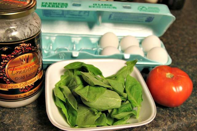 Spinach Eggs Over Tomato