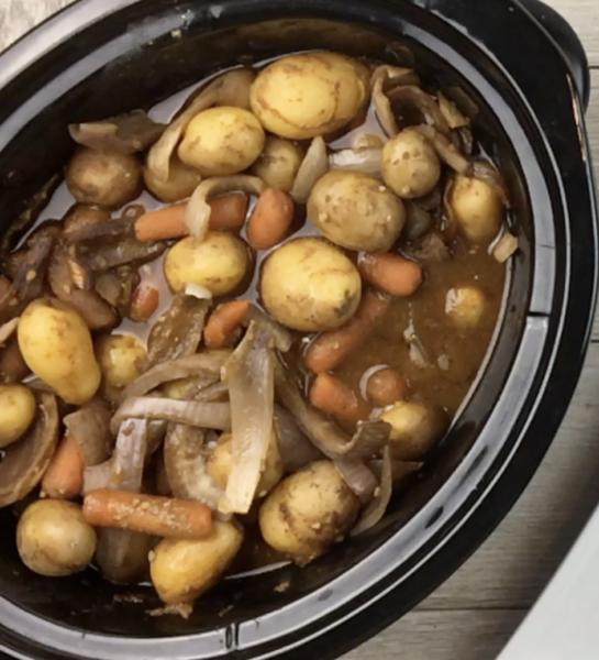 crock pot pork roast and vegetables